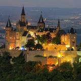 Найгарніші та найцікавіші замки світу. Куди відправитися в подорож?