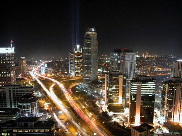 Стамбул вночі