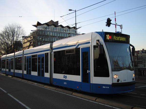 Трамвай в Амстердамі