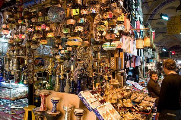 Базар в Стамбулі