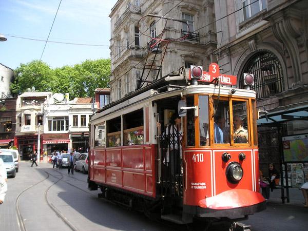 Трамвай в Стамбулі
