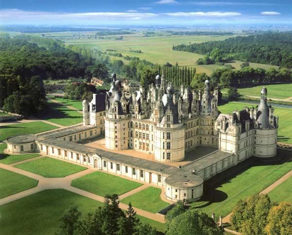Замок у Франції Шамбор