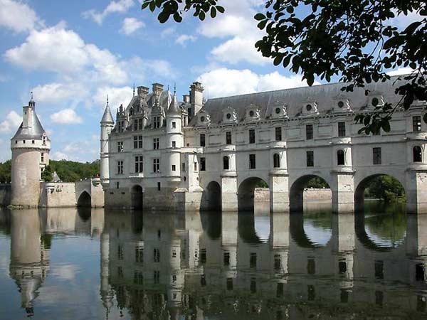 Замок у Франції Шенонсо