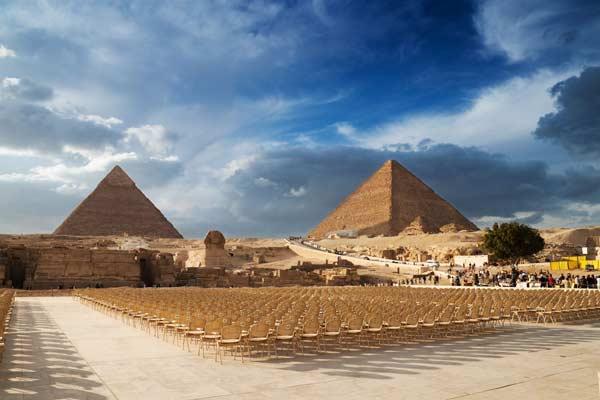 Піраміди в Каїрі