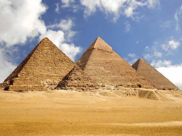 Піраміди в Гізі