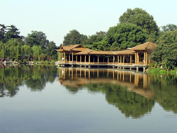 Китайська споруда