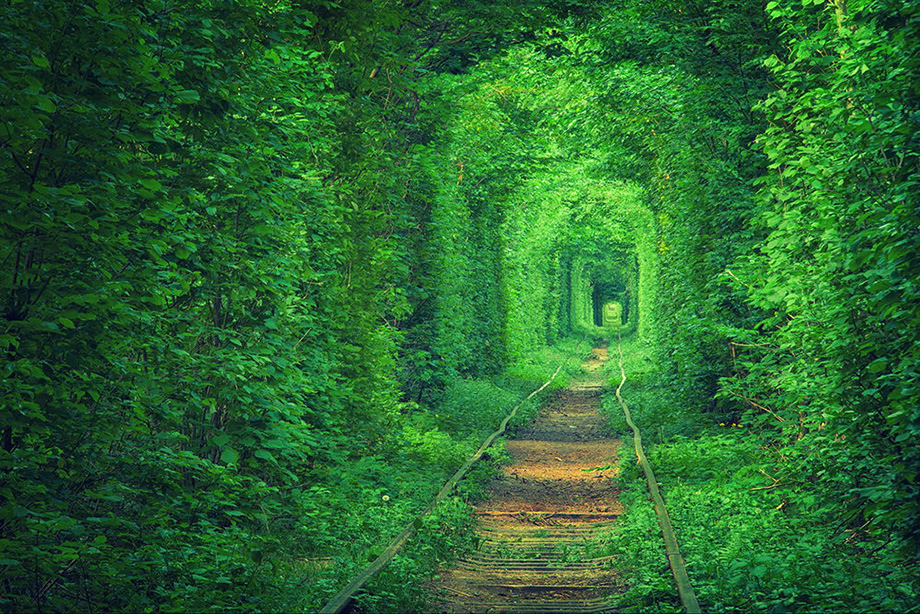Тунель закоханих, Україна