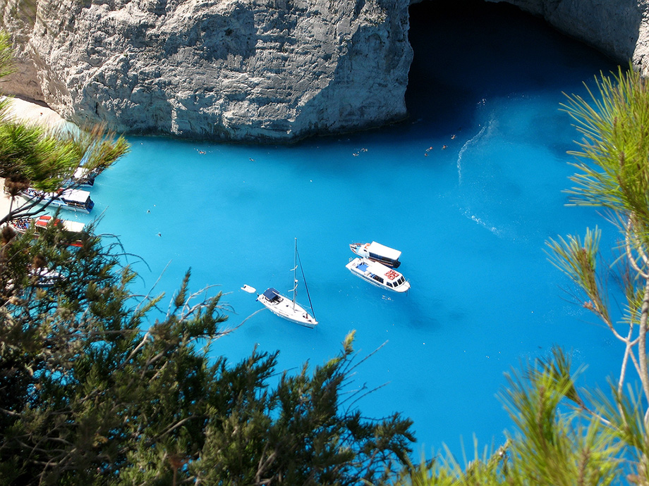Блакитні печери в Греції