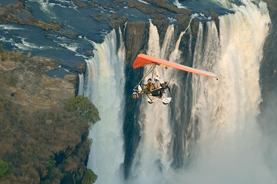 Політ над Водоспадом Вікторія