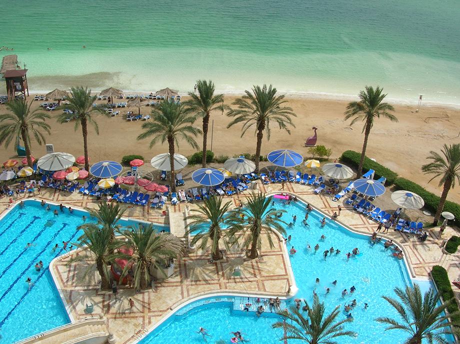 готелі на березі Мертвого моря