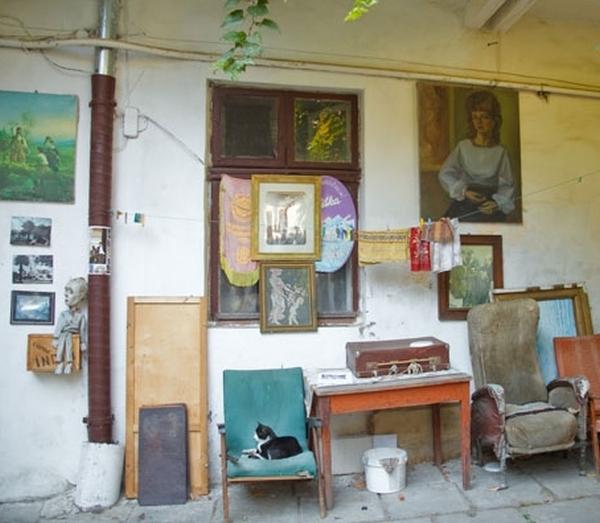 Двір-музей СРСР у Львові