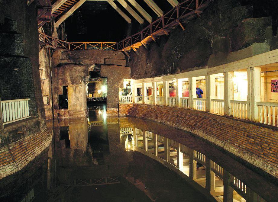 Соляна шахта у Величці