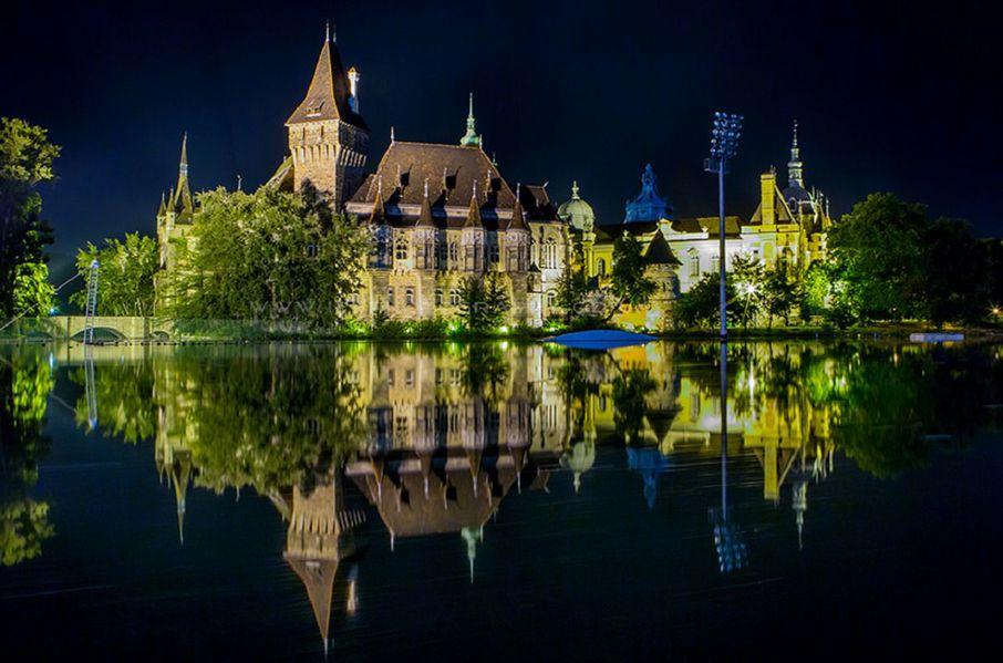 Замок Вайдахуняд Будапешт